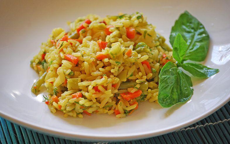 Як приготувати рис з овочами
